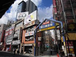 JR神田駅西口駅前
